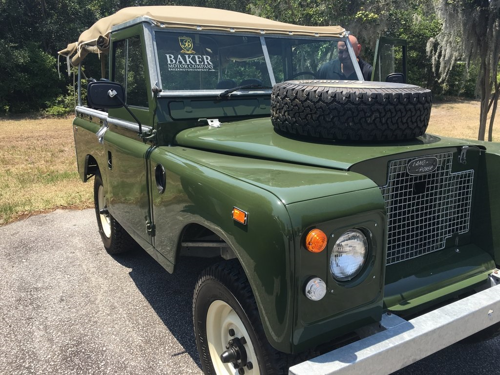 Pre-Owned 1969 Land Rover